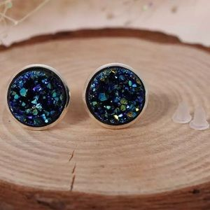 Navy Blue Dursy Earrings